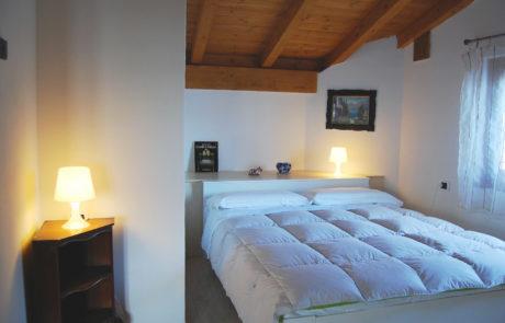camera appartamento704